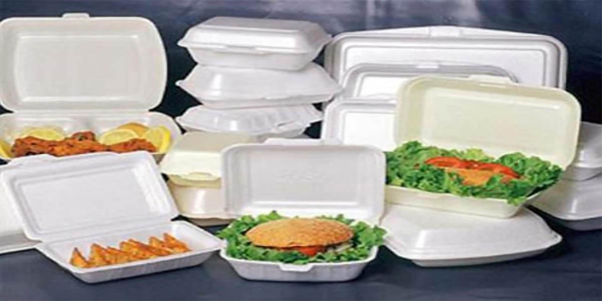 Không dùng đồ nhựa đựng thức ăn nóng