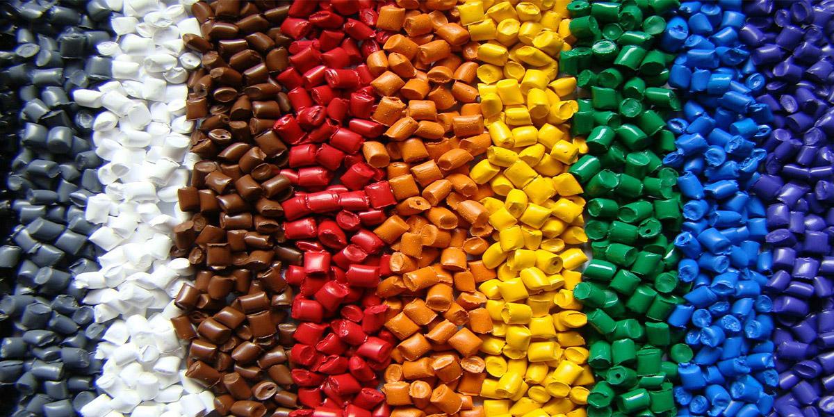 Hạt nhựa màu nó có tên gọi trong tiếng Anh là Color MasterBatch