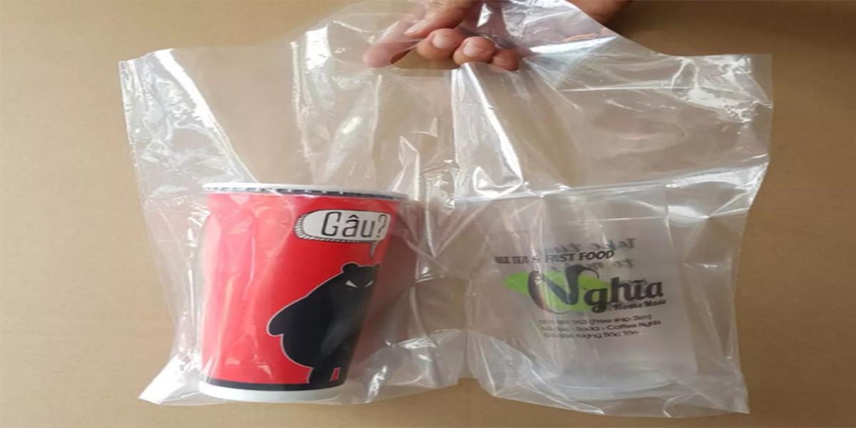 Túi mang đến vẻ đẹp sang trọng cho ly đựng trà sữa